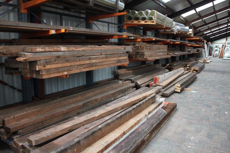 hal 2 gebruikt hout